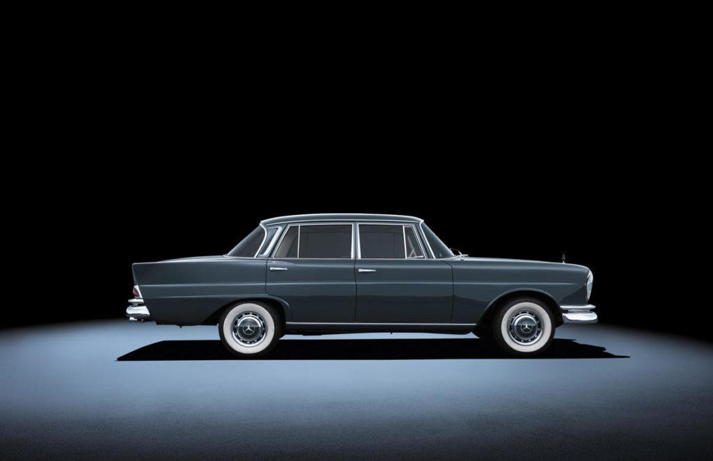 Mercedes-Benz 220 / 300 SE W111 long (1959 - 1965).